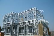 سازههای قاب فلزی سبک
