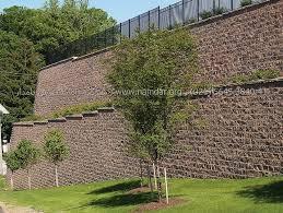 دیوار سنگی حائل - stone wall